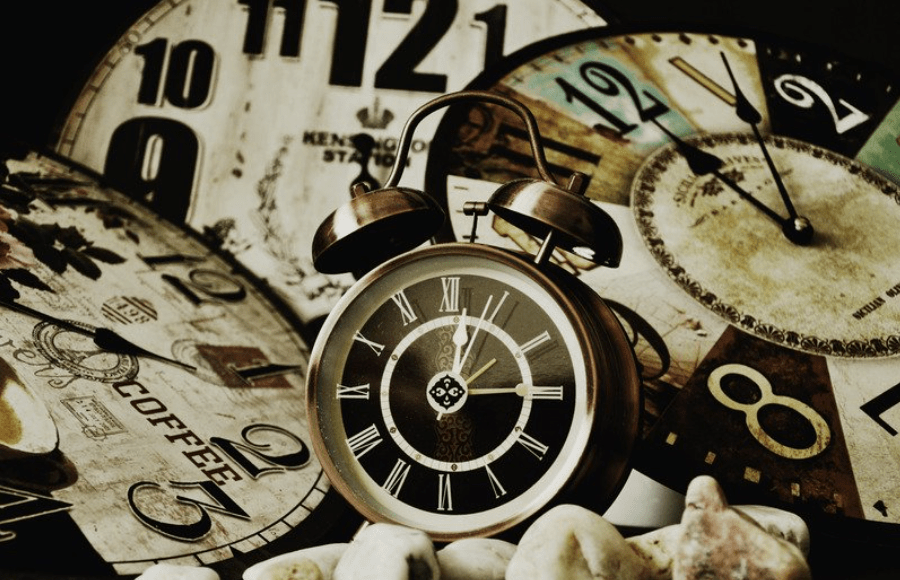 """A picture of the clock to better elaborate """"Clock Quotes 2020"""""""